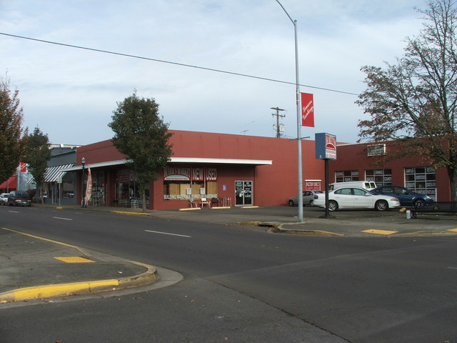 865 S Main St Lebanon, OR, 97355